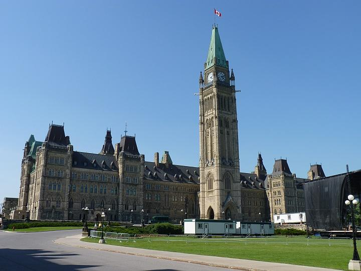 Ottawa-Parliament-Hill-1