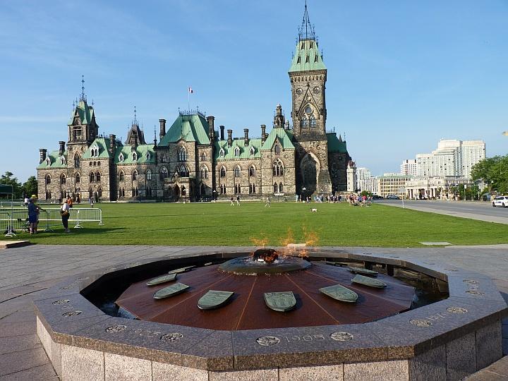 Ottawa-Parliament-Hill-4