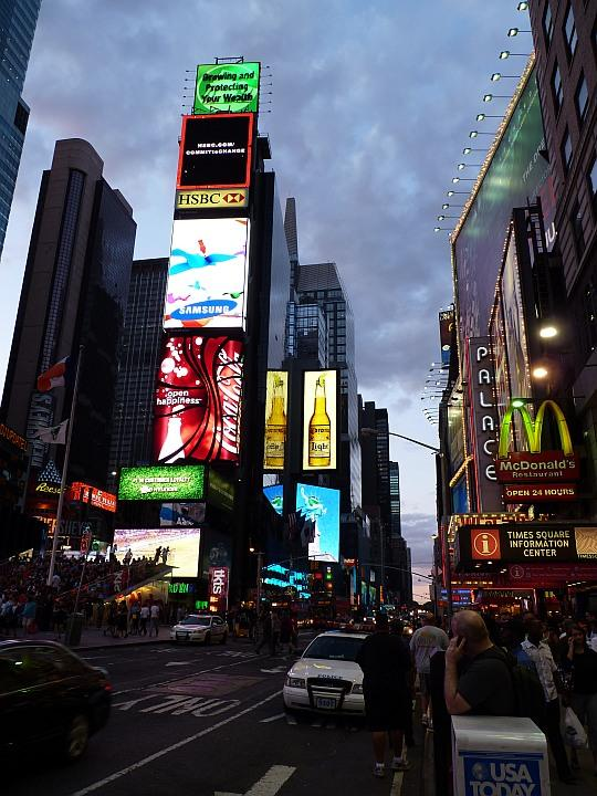 Times-Square-nacht2