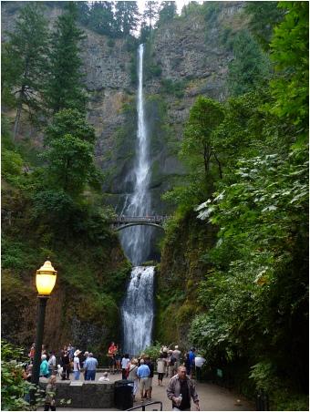 Multnomah-Falls2