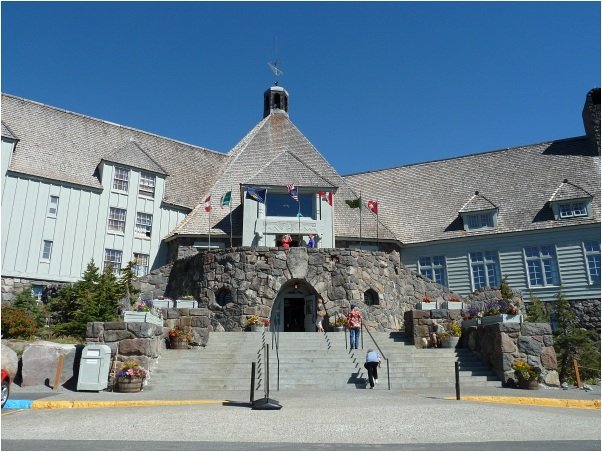 Timberline_Lodge1