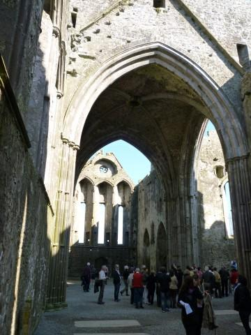 Rock of Cashel innen