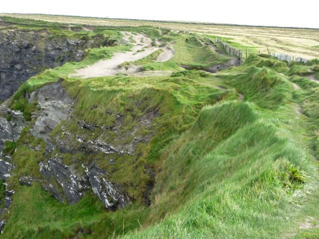 Wanderweg zu Hags Head an den Klippen