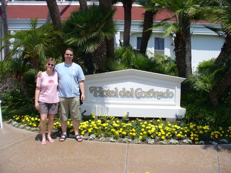 Andree und Rossi vor dem Hotel del Coronado