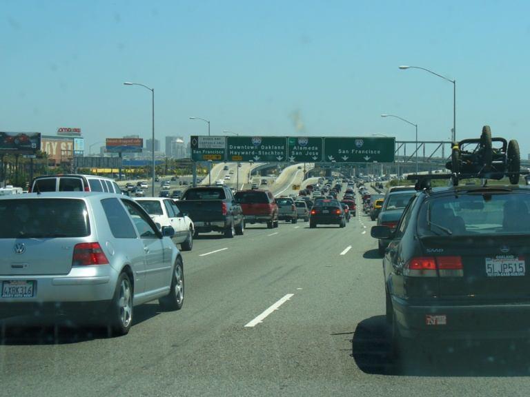 Stau auf der Oakland Bay Bridge