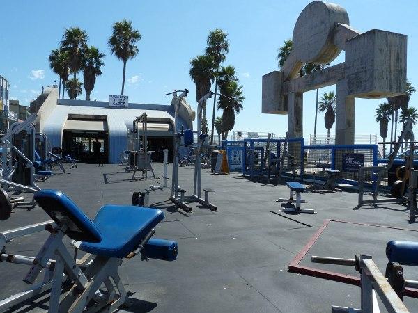 Muscle-Beach