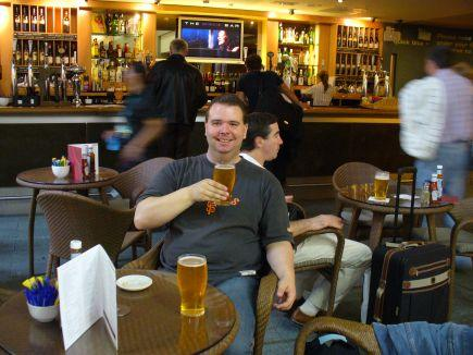 London Heathrow Pub