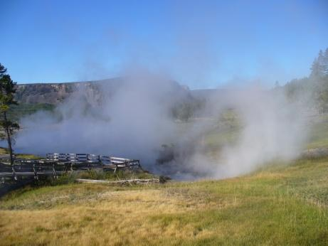 Monument Geyser im Yellowstone NP