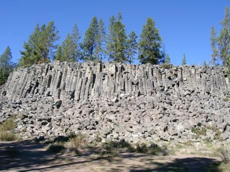 Sheepeater Cliff im Yellowstone NP